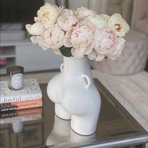 Love Handles Booty Vase in White